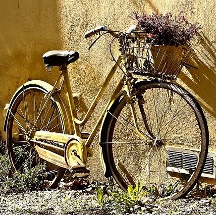 Q342 壊れた自転車